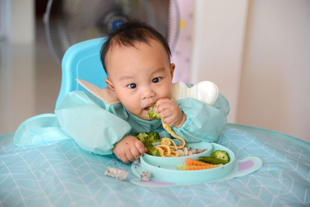 Abstillen durch Baby-led Weaning