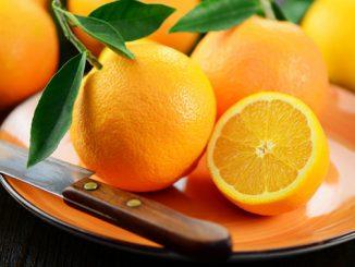 Apfelsinenflecken entfernen