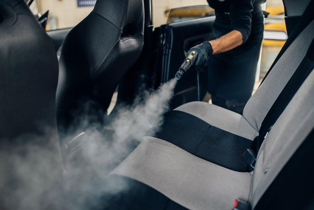 Autositze reinigen - Dampf