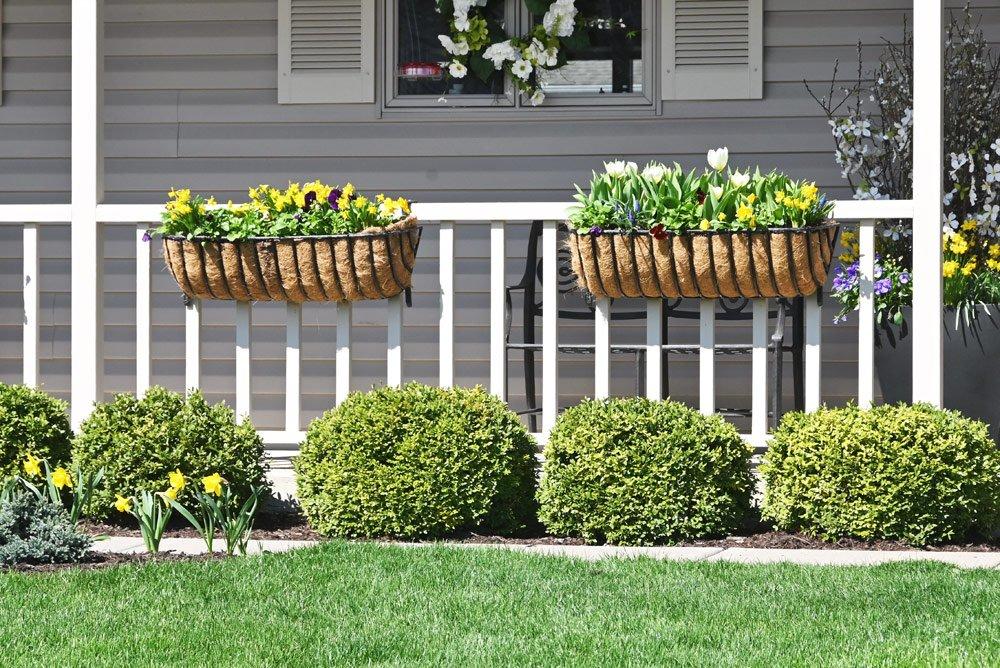 Balkonkästen aus natürlichen Materialien