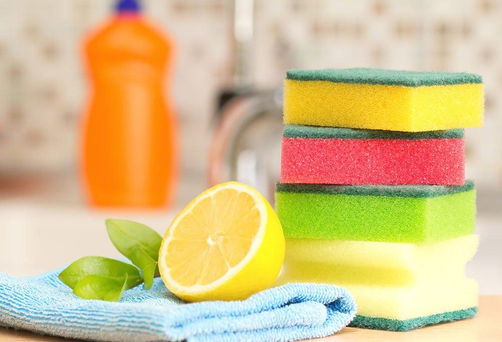 Ceranfeld mit Zitronensaft reinigen