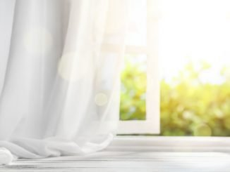 Gardinen bügeln - Tipps zur Vorbereitung und Vereinfachung