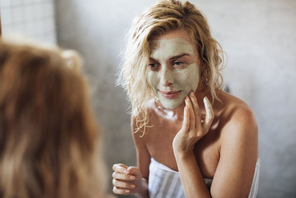 Face mask against oily skin: fix oily skin with home remedies