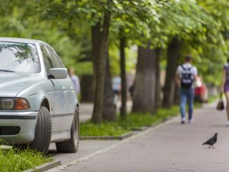 Harz entfernen Auto