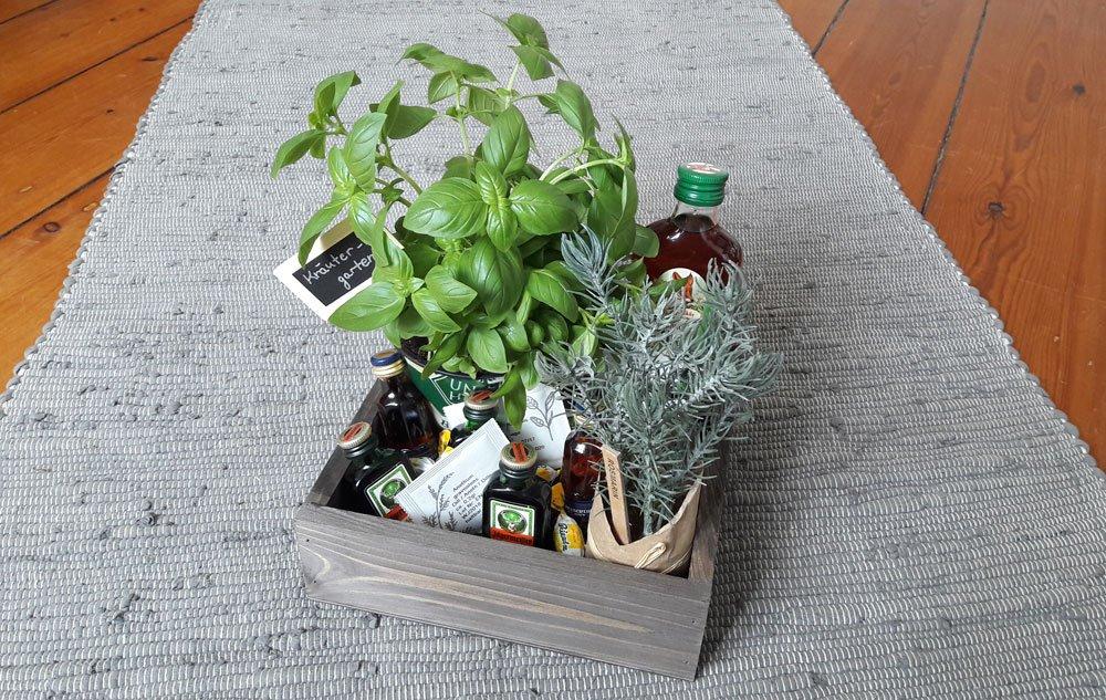 Kräutergarten Geschenk mit Schnaps
