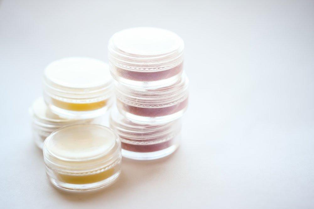 Lippenbalsam - Vaseline und Farbe