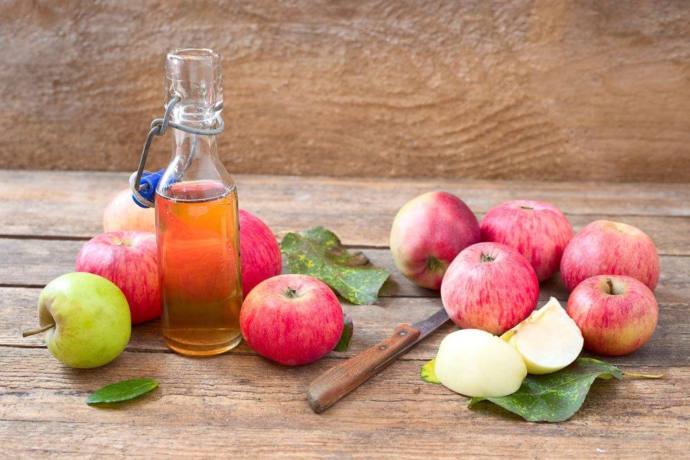 Parkett reinigen Hausmittel Apfelessig