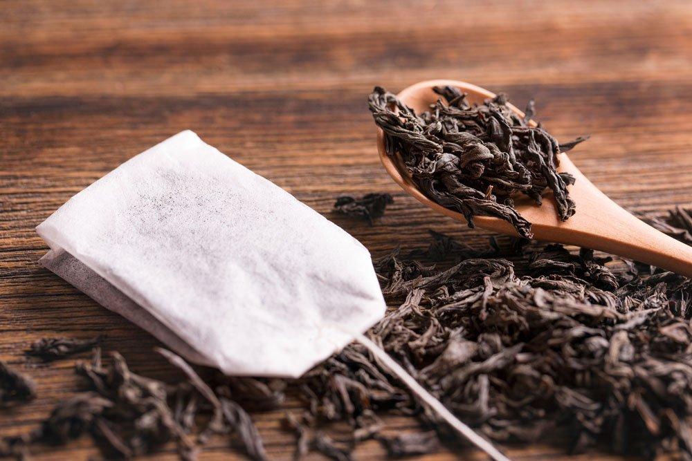 Parkett reinigen Hausmittel schwarzer Tee
