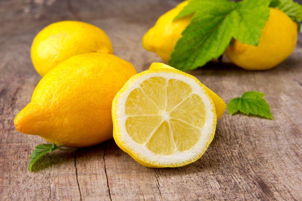 Pigmentflecken entfernen - Zitrone