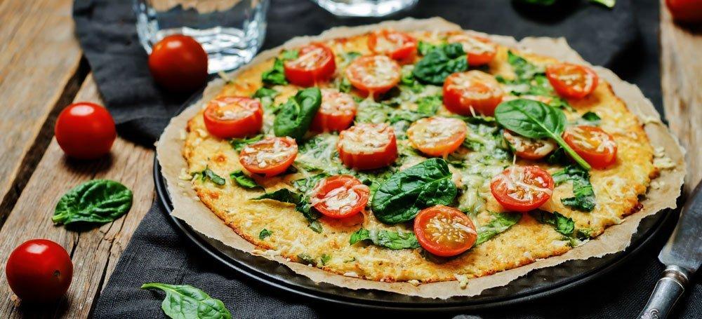 Pizza mit Blumenkohlboden