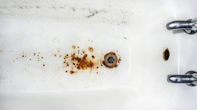 Rostflecken Badewanne