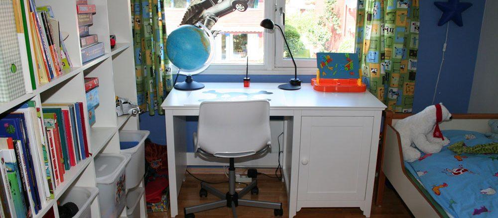 Schreibtisch für Erstklässler
