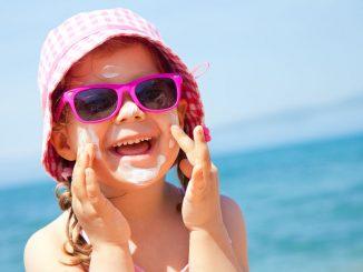 Sonnenbrand bei Kindern vermeiden