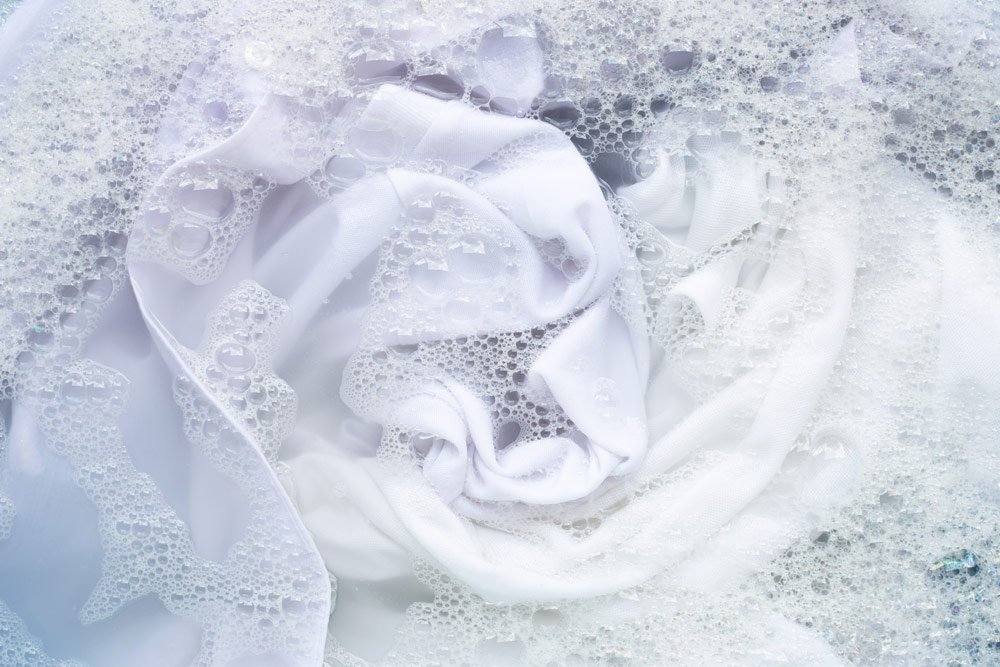 Stockflecken auf Textilien entfernen mit Waschsoda
